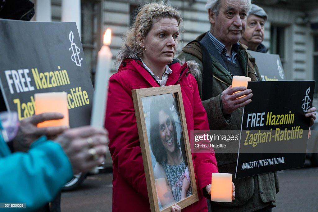 A Vigil Is Held For British-Iranian Mother Imprisoned In Tehran : Nieuwsfoto's