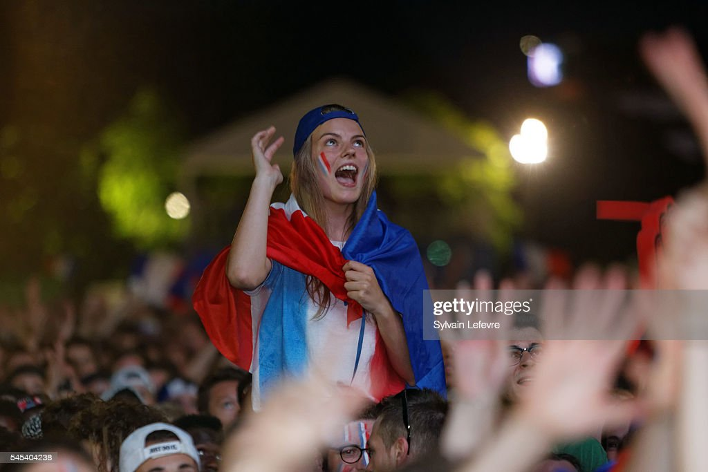 France Fans Watch the Euro 2016 Semi Final in the Lille Fanzone : News Photo