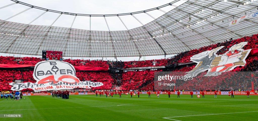 Bayer 04 Leverkusen v Eintracht FC Schalke 04 - Bundesliga : ニュース写真