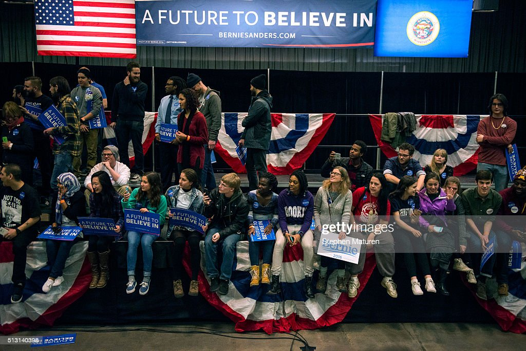 Supporters of Democratic presidential candidate Sen. Bernie Sanders (D-VT) wait to try and shake hands with the Senator after his speech at the Minneapolis Convention Center February 29, 2016 in Minneapolis, Minnesota. Sanders, who has spent the last four days campaigning in Minnesota, is hoping to win the State in the Super Tuesday primary election on March 1st, 2016.