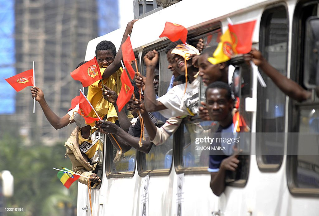 Supporters of Ethiopia People Revolutionary Front (EPRDF) ride in a bus 20 May 2010,during the last day of campaign ahead of the 4th round general election scheduled for this weekend. Ethiopia goes to the polls on May 23. The last election, in 2005, saw the opposition record its best ever score and sparked bloody violence in which almost 200 people were killed, according to a parliamentary commission of inquiry.