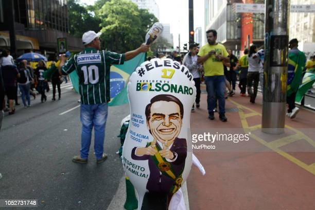 Supporters of extreme rightwing Brazilian presidential candidate Jair Bolsonaro are holding a demonstration on Avenida Paulista central region of São...