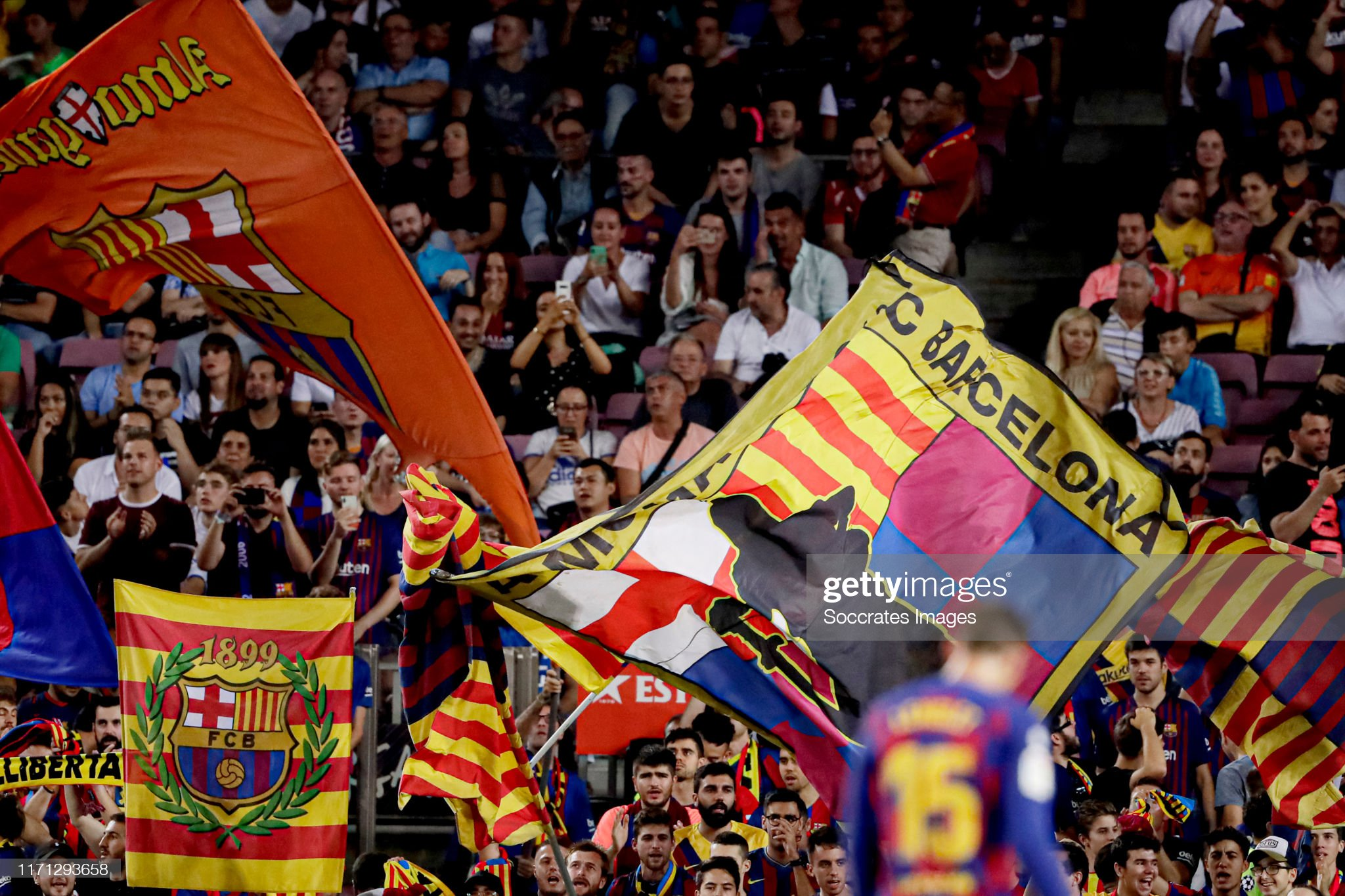 صور مباراة : برشلونة - فياريال 2-1 ( 24-09-2019 )  Supporters-of-fc-barcelona-during-the-la-liga-santander-match-between-picture-id1171293658?s=2048x2048