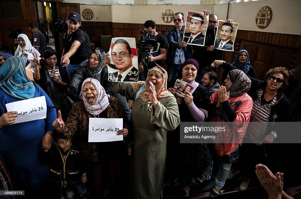 Egypt court postpones Mubarak murder retrial : Nieuwsfoto's