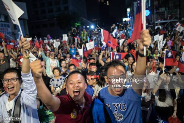 Supporters of Han Kuoyu seen rejoicing during the rally Kaohsiung mayoral candidate Han Kuoyu from the opposition Kuomintang Party announces victory...