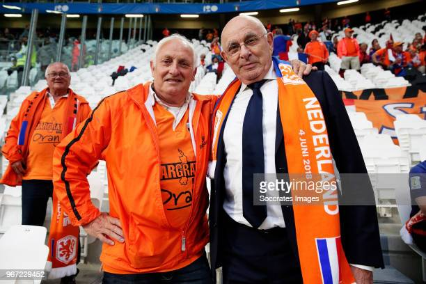 Supporters of Holland with Michael van Praag of KNVB during the International Friendly match between Italy v Holland at the Allianz Stadium on June...