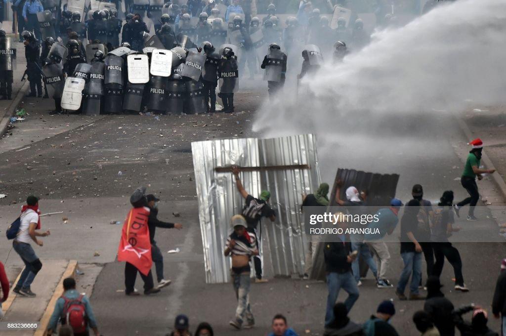 HONDURAS-ELECTION-NASRALLA-SUPPORTERS-PROTEST : News Photo