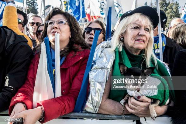 Supporters of Italian Deputy Prime Minister and Interior Minister Matteo Salvini attend a rally against European Officials at Piazza del Popolo on...