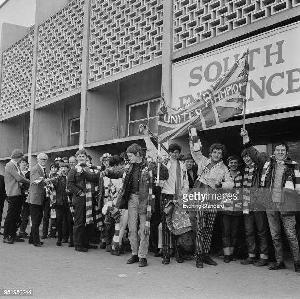 Supporters of Manchester United FC at Wembley for the European Cup final against SL Benfica London UK 29th May 1968