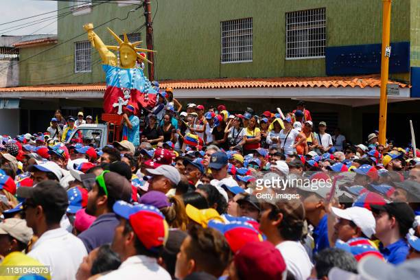 Supporters of opposition leader and Self proclaimed Interim President of Venezuela Juan Guaidó gather during a Citizens' Assembly on March 16 2019 in...
