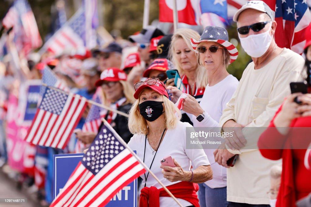 Donald Trump Returns To Florida Ahead Of Joe Biden's Inauguration : ニュース写真