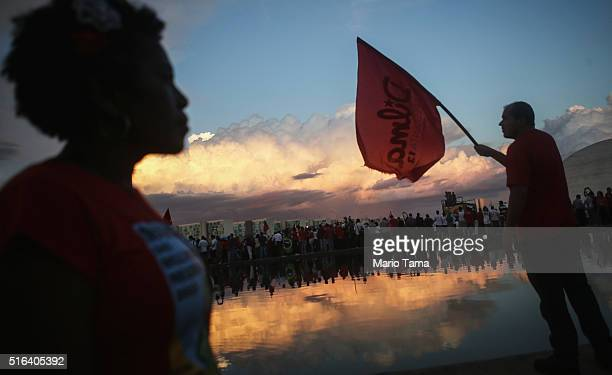 Supporters of President Dilma Rousseff and former President Luiz Inacio Lula da Silva demonstrate at Esplanada dos Ministerios in March 18 2016 in...