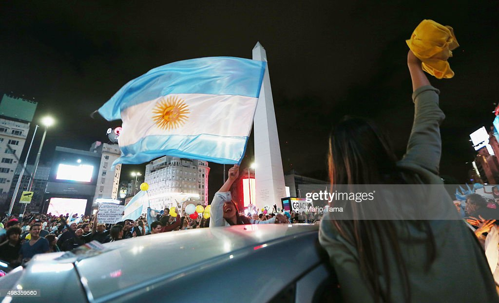 Argentina Faces First Presidential Runoff In Its History : News Photo