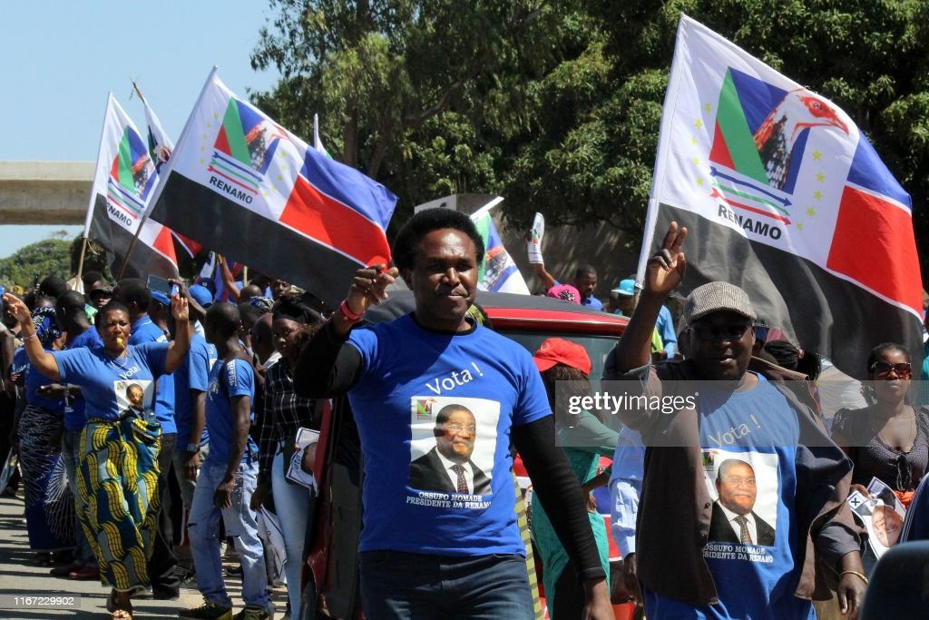 MOZAMBIQUE-POLITICS-ELECTIONS-VOTE : News Photo