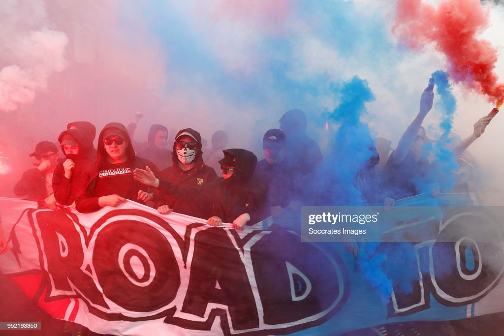 Supporters of PSV during March of Lighttown Madness during the Dutch Eredivisie match between PSV v Ajax at the Philips Stadium on April 15, 2018 in Eindhoven Netherlands