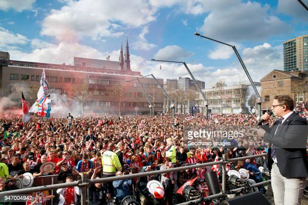 supporters of PSV Guus Meeuwis during the PSV Championship celebration at the City hall on April 16 2018 in Eindhoven Netherlands