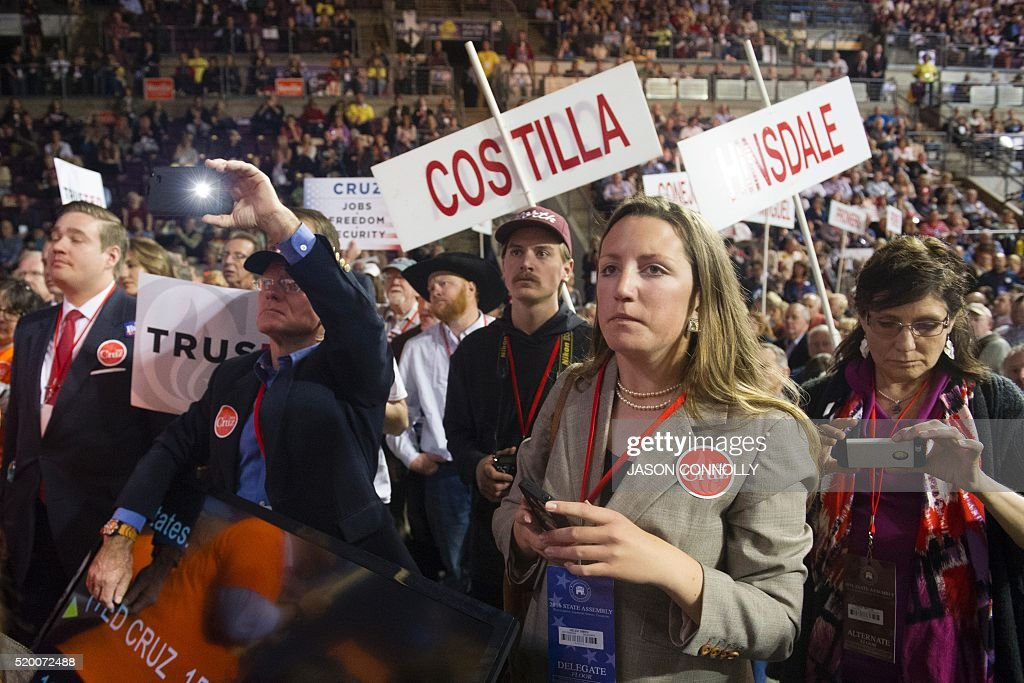 Supporters of Republican presidential candidate Sen. Ted Cruz attend the Republican Convention at The Broadmoor World Arena in Colorado Springs, Colorado on April 9, 2016. / AFP / Jason Connolly