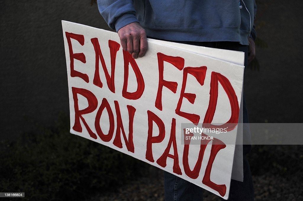 A supporters of Republican presidential : News Photo