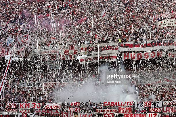 Supporters of River Plate celebrate during a match against Boca Juniors as part of the IVECO Bicentenario Apertura 2010 on November 16 2010 in Buenos...