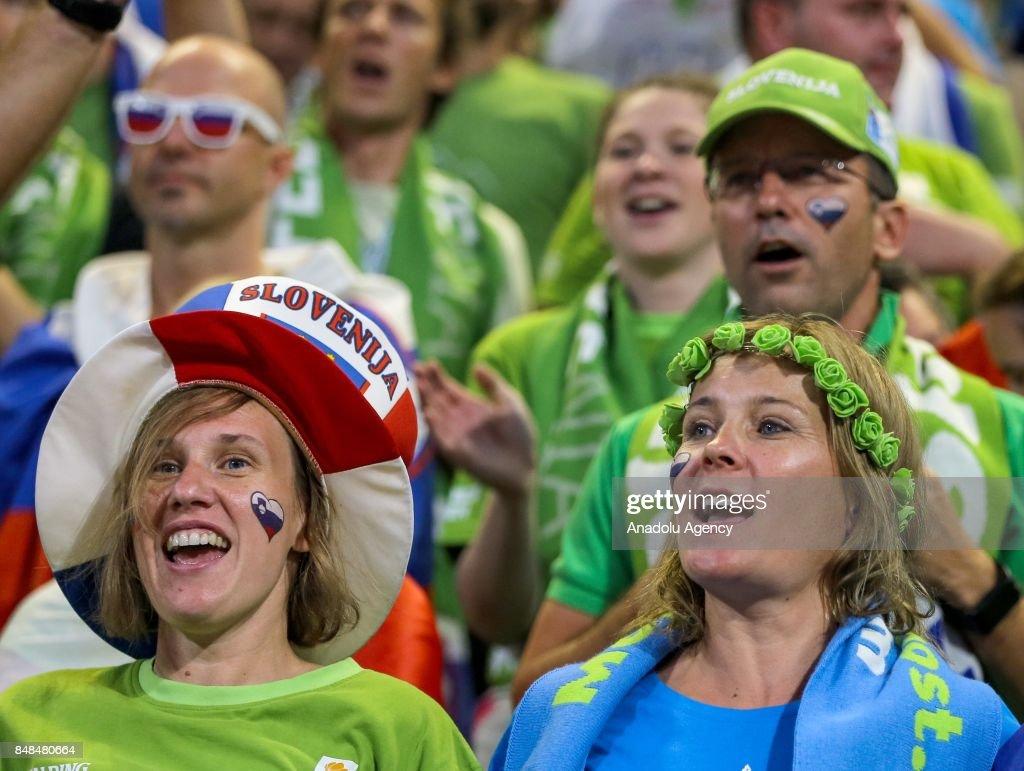 Slovenia vs Serbia : FIBA EuroBasket Final 2017 : News Photo