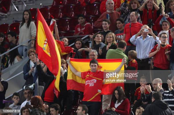Supporters of Spain are seen during the men's Handball World Championships main round match Spain vs Algeria in Madrid, Spain, 11 January 2013....