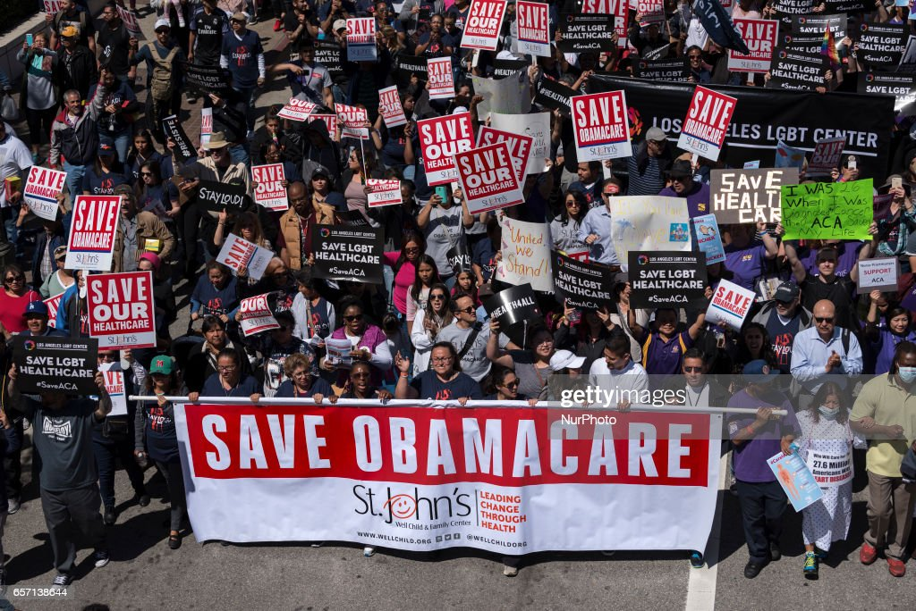 Save Obamacare rally in Los Angeles : News Photo