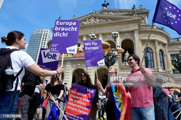 """Supporters of the political party 'VOLT' take part in the """"One Europe For All"""" march on May 19, 2019 in Frankfurt, Germany. Thousands of people are..."""
