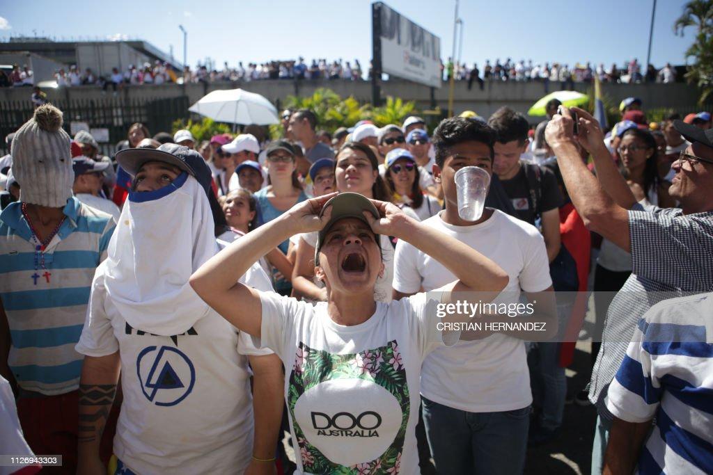 VENEZUELA-CRISIS-OPPOSITION : News Photo