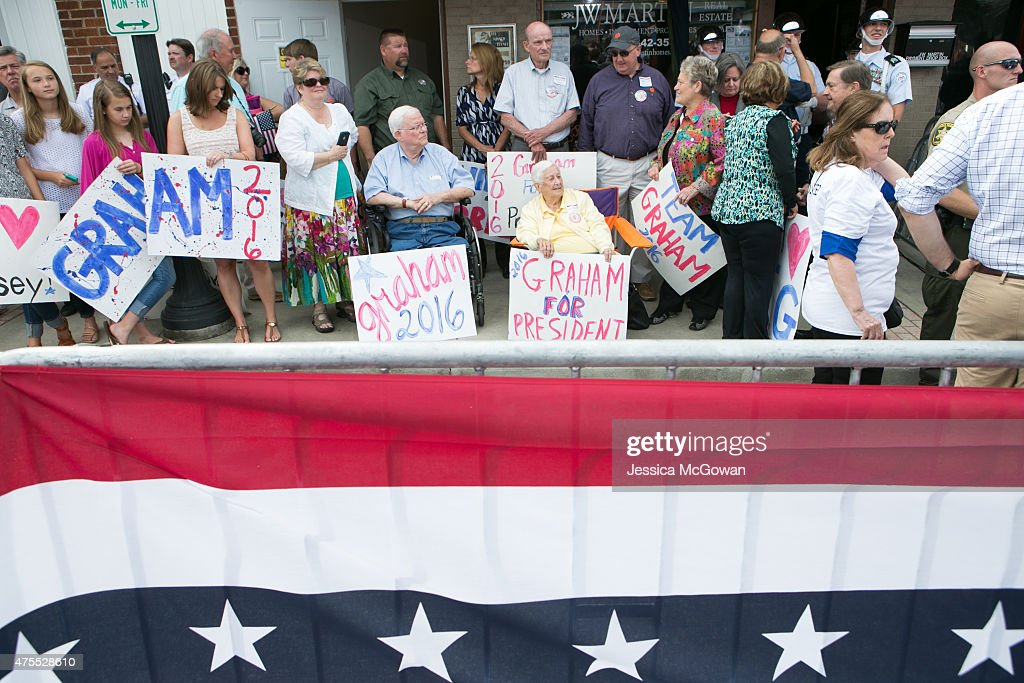 Supporters with signs line the street and wait to see U.S. Sen. Lindsey Graham (R-SC) announce his candidacy for United States President during an outdoor event on June 1, 2015 in Central, South Carolina. Graham is the ninth Republican to join the race for president in 2016.
