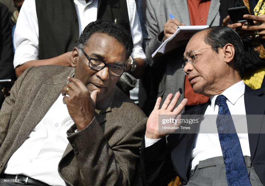 Supreme Court Judges J Chelameswar, Ranjan Gogoi addressing the media on January 12, 2018 in New Delhi, India. Four Supreme Court judges took the unprecedented step of publicly criticising chief justice Dipak Misra over the allocation of cases at a press conference on Friday, warning a lack of impartiality could imperil Indias democracy.