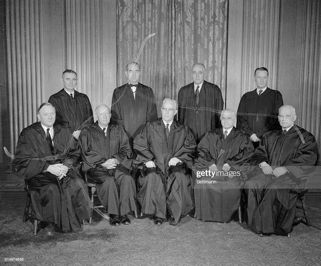 Judge Felix Frankfurter Posing with His Peers : Nachrichtenfoto