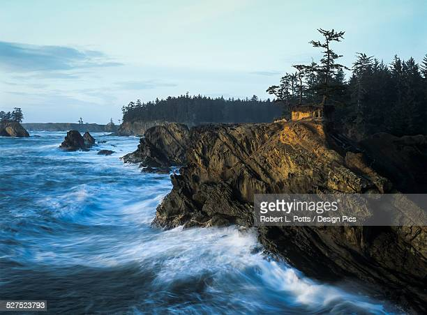 surf erodes the oregon coastline - sunset bay state park stock pictures, royalty-free photos & images