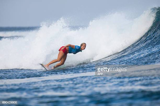 US surfer Bethany Hamilton competes in the Outerknown Fiji Women's Pro surfing competition in Tavarua Fiji on May 31 2017 / AFP PHOTO / Tom SERVAIS /...
