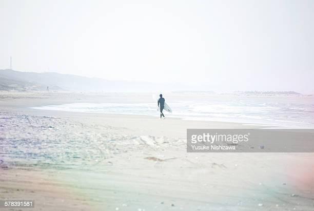 surfer - yusuke nishizawa foto e immagini stock