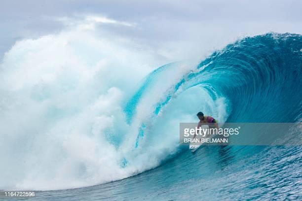 US surfer Seth Moniz competes in the 2019 Tahiti Pro at Teahupoo Tahiti on August 28 2019 / RESTRICTED TO EDITORIAL USE
