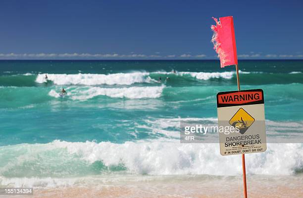 surfers at north shore, oahu, hawaii (xxxl) - banzai pipeline stock photos and pictures