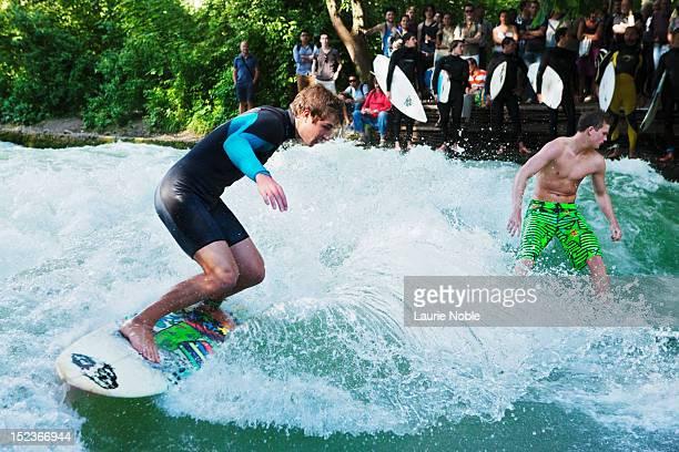 Surfing on the Eisbach, Englischer Garten