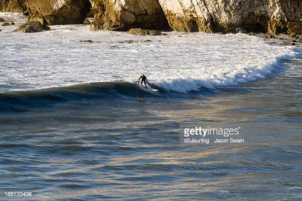 surfing on water - s0ulsurfing stock pictures, royalty-free photos & images