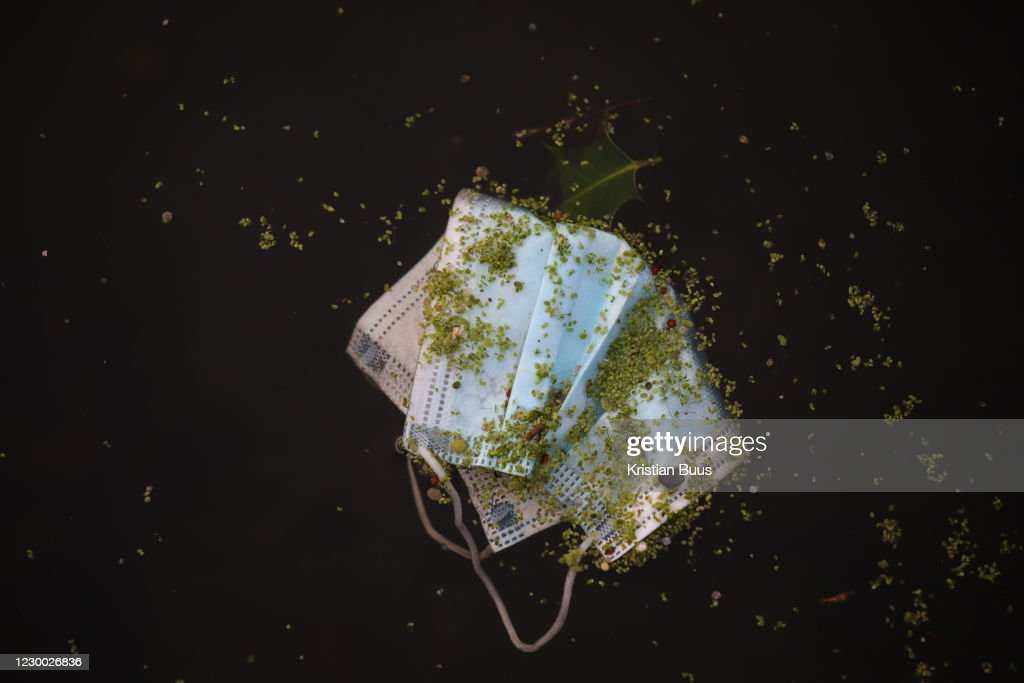 A Surgical Mask Lies In Regents Canal : News Photo