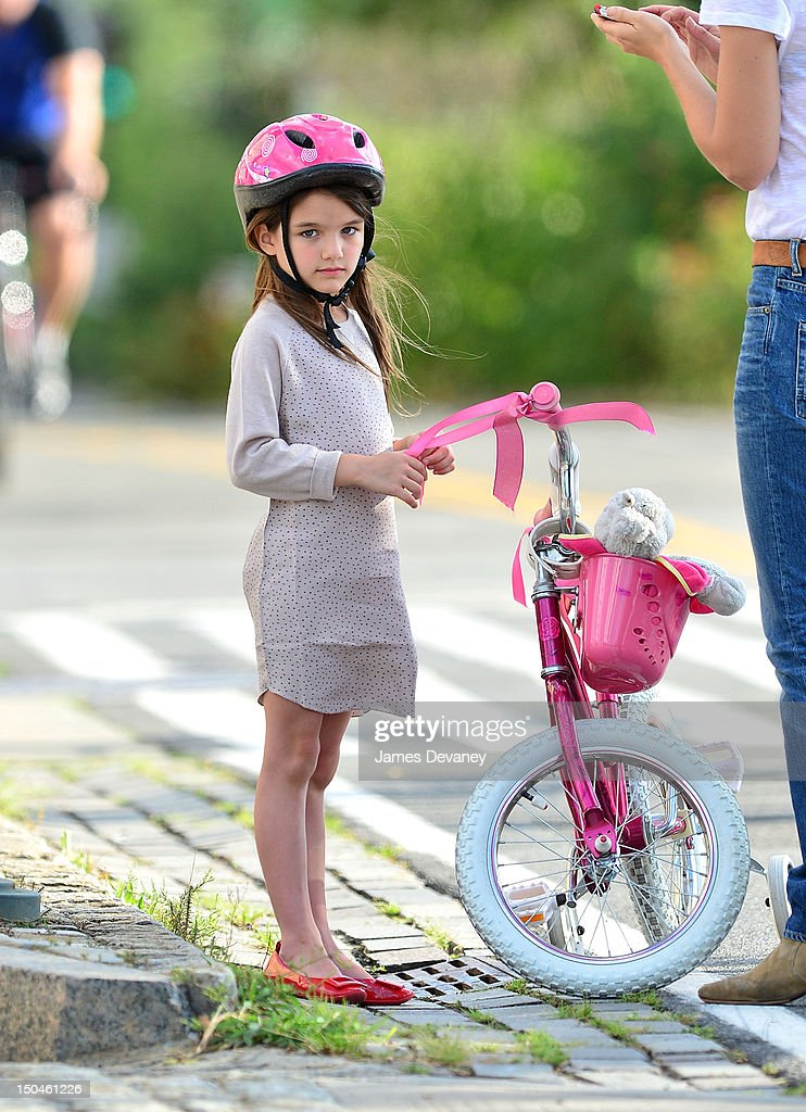 Katie Holmes And Suri Cruise Sighting In New York City - August 18, 2012