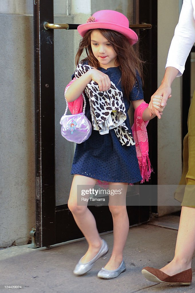Suri Cruise leaves her Greenwich Village apartment on September 9, 2011 in New York City.