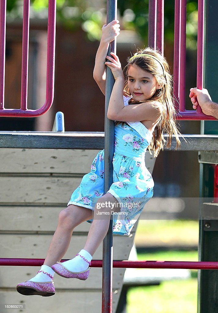 Katie Holmes and Suri Cruise Sighting In New York City - September 23, 2012 : News Photo