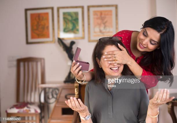 surprise for mother - mother's day stock pictures, royalty-free photos & images