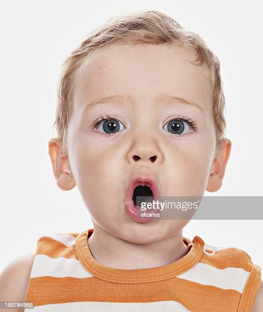 Surpris kid avec open mouth