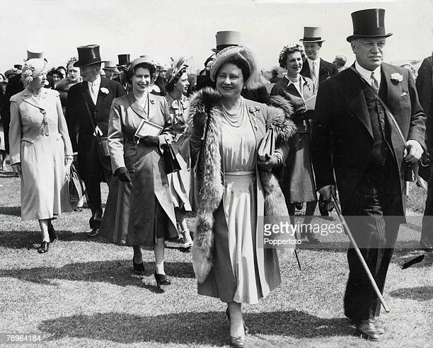 Surrey England 30th May Queen Elizabeth at the race course at Epsom with the Earl of Rosebery her daughter Princess Elizabeth and other family...