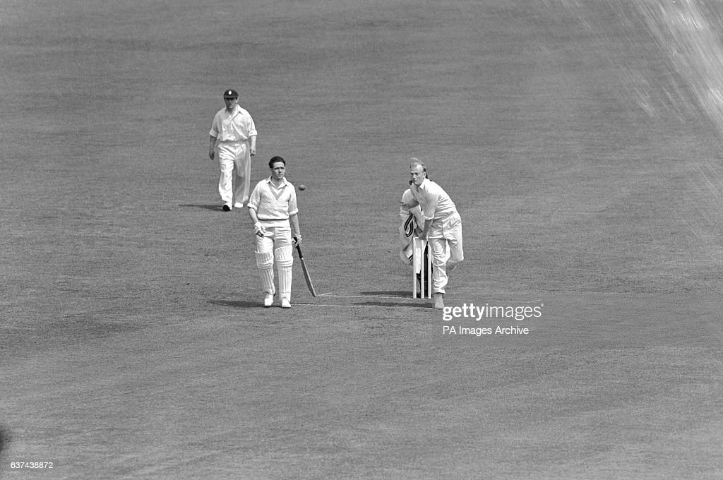 Cricket - Marylebone Cricket Club v Surrey - First Day : News Photo