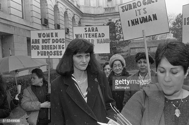 Surrogate mother Mary Beth Whitehead joins a group of women demonstrating on her behalf outside Bergen County courthouse 3/12 after the lawyers in...