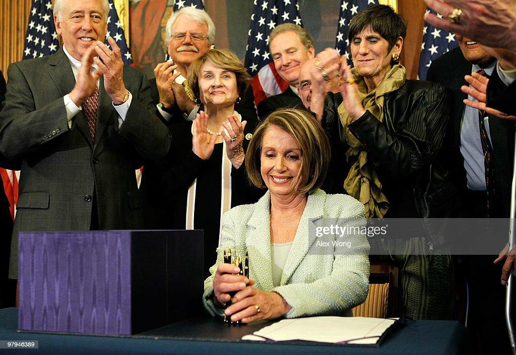 Pelosi And House Leaders Sign Senate Health Reform Bill