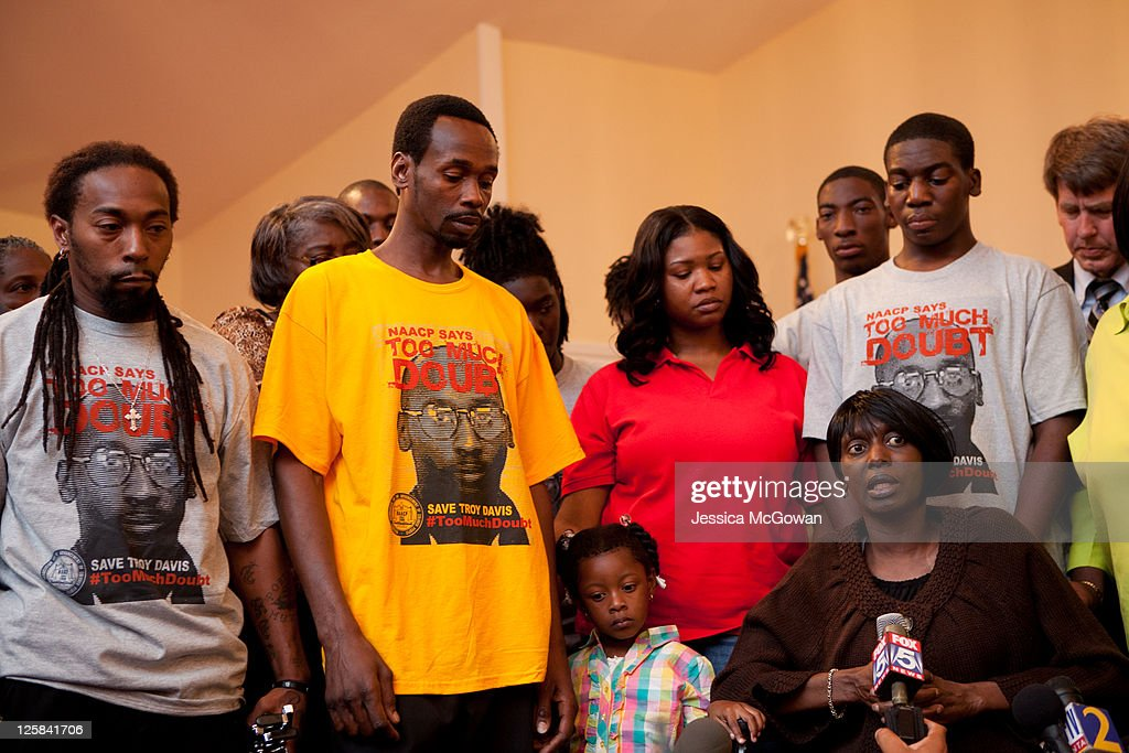 Surrounded by family and friends, Troy Davis' sister Martina