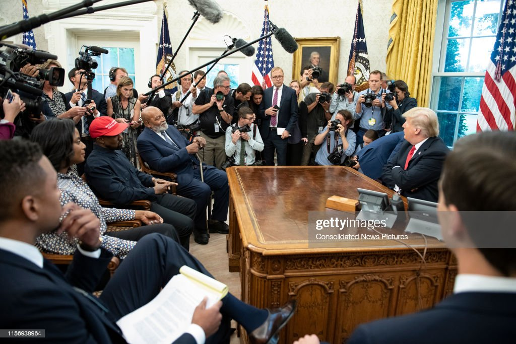 Karl, Trump, & Others In The White House : News Photo